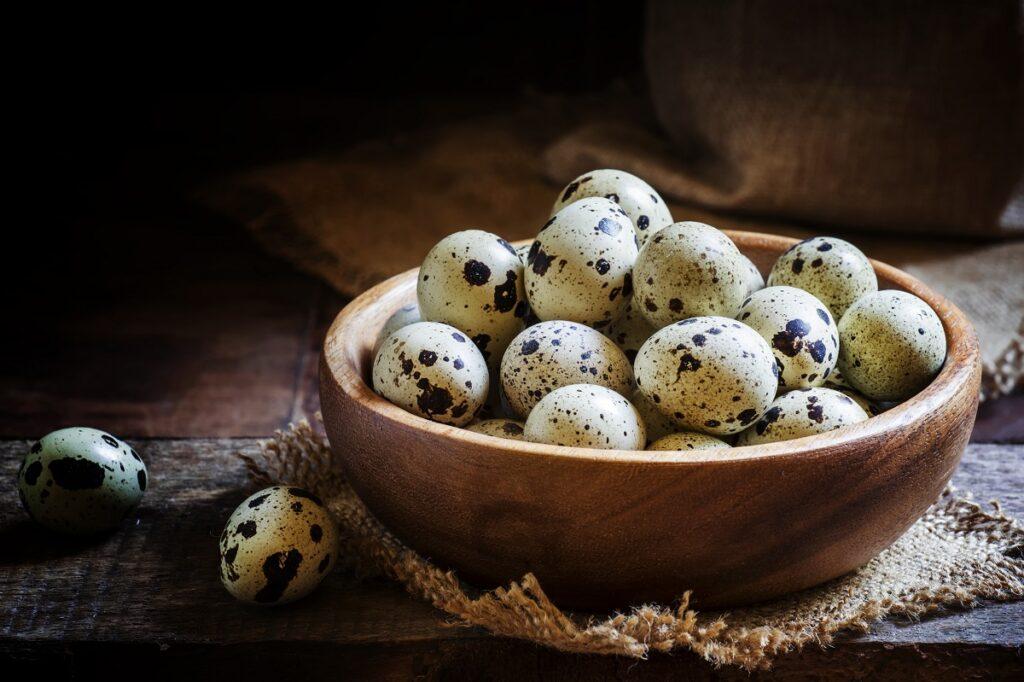 Jak długo gotować jajka przepiórcze?