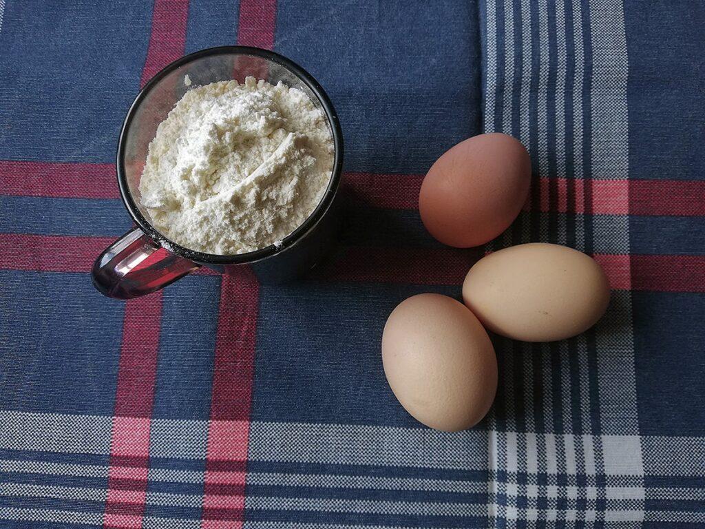 Przepis na domowy makaron składniki