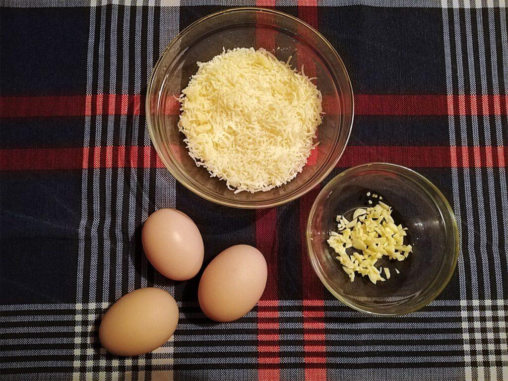 Przepis na spaghetti carbonara szykujemy składniki