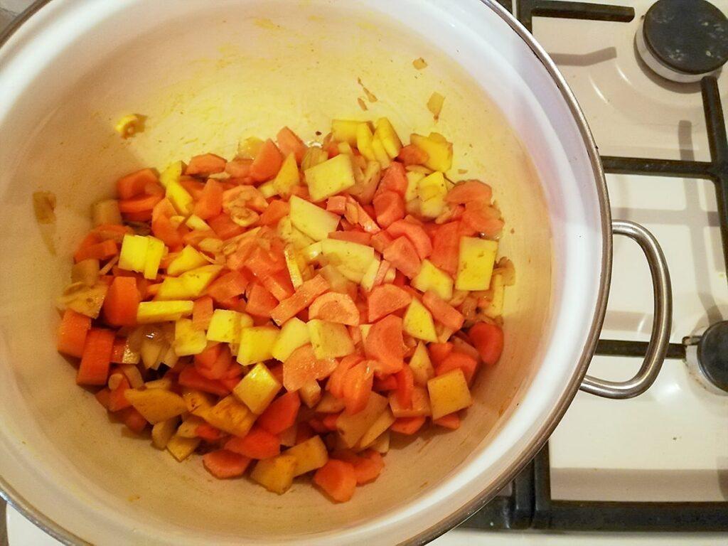 Przepis na zupę marchewkową