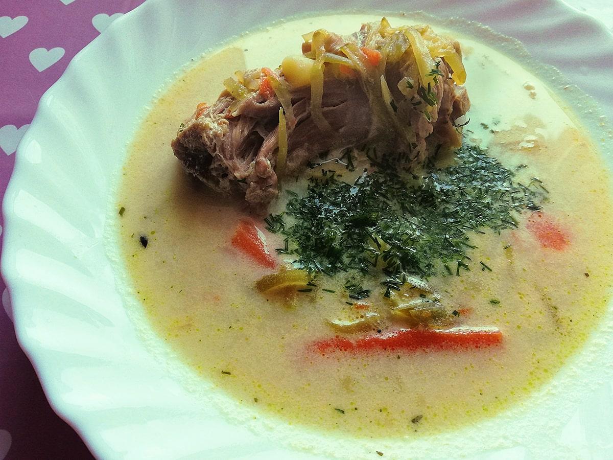 Przepis na zupę ogórkową